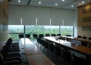 会议室遮光隔热卷帘
