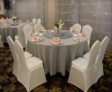 餐厅台布、弹力椅子套制作